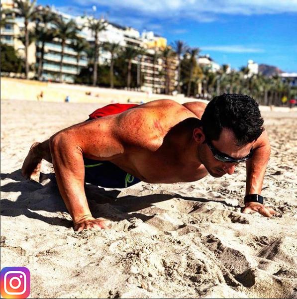 Entrenamiento físico en casa 2019 en la playa